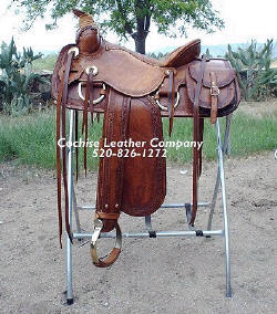 Western Leather Trail Saddle w/Saddlebags