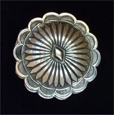 Western Sunflower concho with Chicago screwback is made of white bronze in the USA by Cochise Leather.