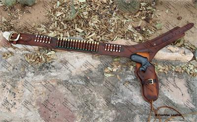 Custom Buscadero gun rig made to order by Cochise Leather Company in the USA