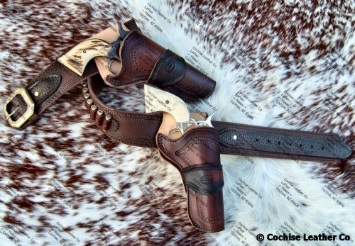 Gunbelt w/Two Holsters by Cochise Leather Company