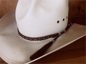 Pendelton Hatband made of hand braided horsehair.