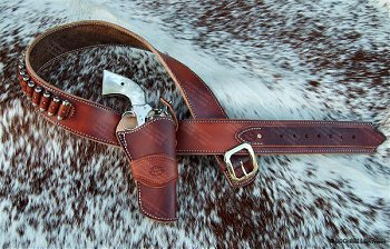 The Duke Gunbelt - Half Breed Style worn by John Wayne